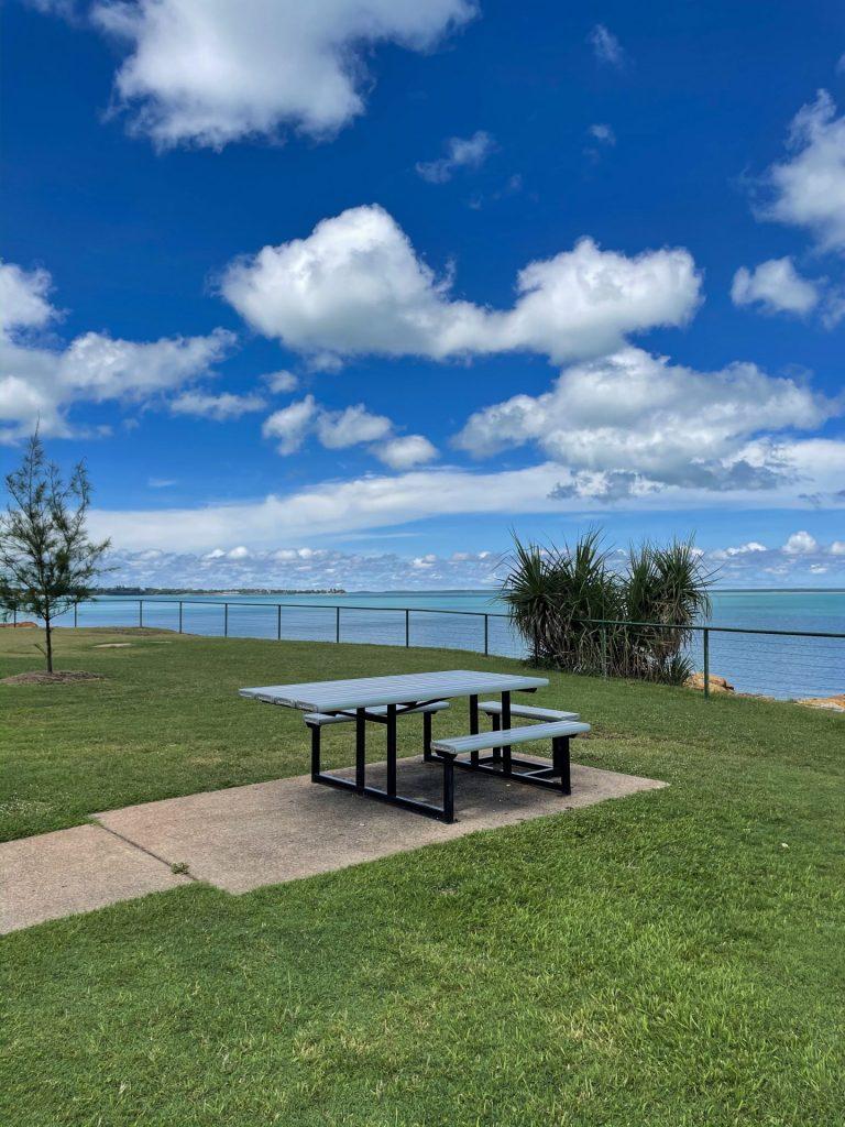 Wheelchair picnic table